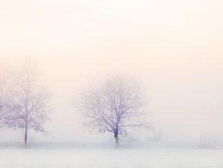 VAROVÁNÍ: silné sněžení a náledí