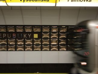 Rekonstrukce metra na Náměstí Republiky
