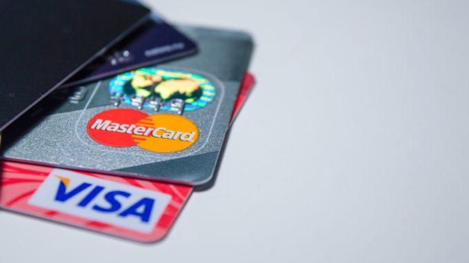 Kreditní a debetní karta