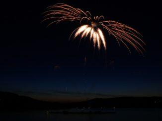 Prahu i letos rozzářil novoroční ohňostroj