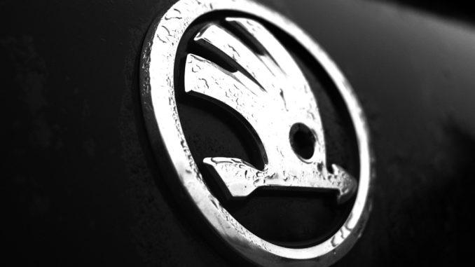 Pražská policie dostala dva nové vozy Škoda Kodiaq