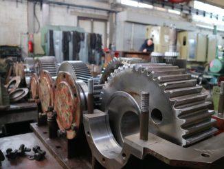 Pracovní úrazy ve strojírenství vznikají velmi často. Jaké jsou nejčastější?